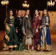 New Party Dress Pakistani 2018 Ideas Shadi Dresses, Pakistani Formal Dresses, Pakistani Party Wear, Pakistani Wedding Outfits, Pakistani Fashion Casual, Indian Outfits, Eid Outfits, Indian Fashion, New Party Dress