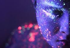 Hid Saib, from Brazil, creates unusual images by using specks of fluorescent paint illuminated by ultra-violet light to produce portraits that glow Portraits, Portrait Photographers, Neon Photography, Creative Photography, Photography Ideas, Fashion Photography, Fluorescent Paint, Neon Painting, Painting Art