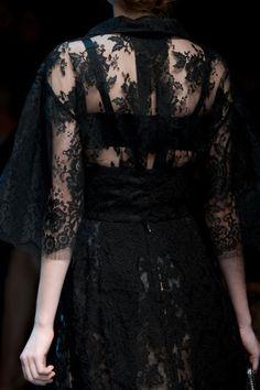 Black Lace Vintage Dress Gown Goth Dolce E Gabbana Fall 2013 - Details