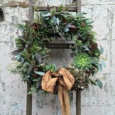 I know it's still too early.... But I'll be putting wreath school info up later on.... Here's the first of MANY.