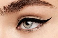 Still struggling to draw the perfect cat eye? This foolproof gel eyeliner makes it easy to master the winged eyeliner look.