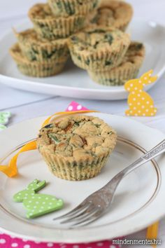 Vegán omlett muffin #tojásmentes gluténmentes #vegán |mindenmentes.hu Muffins, Paleo Breakfast, Vegan Sweets, Convenience Food, The Dish, Eating Habits, Food Videos, Meal Prep, Food And Drink