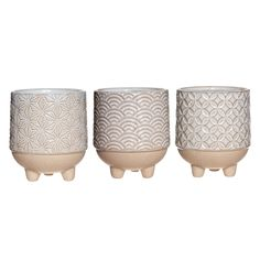 Indoor plants look great in a group of three and our trio of Japanese inspired stoneware planters with mini legs provide the perfect home. The subtle tones of these beautiful stoneware planters will blend well with any interior space from sideboard to windowsill. A versatile gift idea for anyone who loves some greenery in their home. You will receive three planters, each with a slightly different design based on a Japanese theme (as pictured). You can also choose our complete kit option to purch Small Flower Pots, Painted Flower Pots, Cosy Home Decor, Japanese Minimalism, Sweet Bags, Indoor Plant Pots, Pot Sets, New Home Gifts, Stoneware