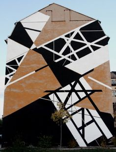 Graphic Surgery / black and white graffiti on architectural structures