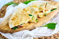 Quesadillas met geitenkaas en spinazie