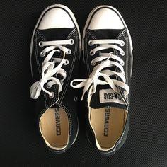Converse shoes, ❗men's ️size 6❗️ Converse shoes, ❗men's size 6 = to a women's size 8❗️website says it runs a half a size large❗️. Converse Shoes Sneakers