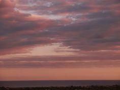 Desde las Islas Canarias  ..Fotografias  : Amanecer en Maspalomas Gran Canaria