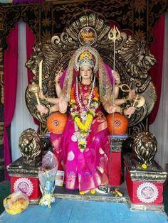 जय माता दी  माता रानी आप की हर मनोकामना पूर्ण करे Durga Maa, Shiva Shakti, Durga Goddess, Krishna Art, Radhe Krishna, Lord Krishna, Durga Images, Krishna Images, Navratri Pictures