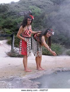 Maori Women Cooking in Hot Spring / Traditional Costume, Rotorua, North Island, New Zealand - Stock Image We Are The World, People Of The World, Costume Ethnique, Polynesian Culture, Polynesian Dance, North Island New Zealand, New Zealand Holidays, Maori People, Maori Designs