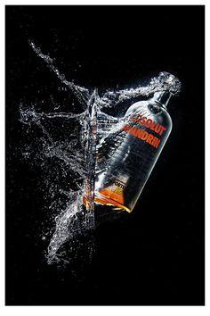 #Splash #Photography #Photoshoot #Water #Vodka #Absolut #Product #Comercial    ©MaticesLatinoamericanos El Taller Latino Estudio de Fotografía