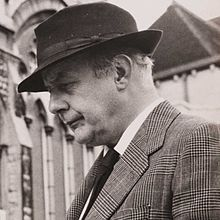 Author Sandra Danby chooses a favourite 'poem to read in the bath'. Today it is 'May-Day Song for North Oxford' by John Betjeman. Mitford Sisters, British Poets, Billy Collins, English Poets, May Days, Poems Beautiful, The Cloisters, Music Film, West London