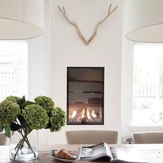 Unique Farmhouse Fireplace Design Ideas For Living Stucco Fireplace, Dining Room Fireplace, Farmhouse Fireplace, Fireplace Design, Modern Farmhouse Living Room Decor, Living Room Modern, My Living Room, Living Room Designs, Living Room Contemporary