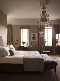Inside the world's 'best dressed' hotel Ett Hem in Stockholm - Vogue Living Home Bedroom, Master Bedroom, Bedroom Ideas, Bedrooms, Bedroom Decor, Interior Architecture, Interior Design, Vogue Living, Double Room