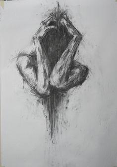 Las voces en mi cabeza, llegan a mi alma abatible y condenan un desenlace amoroso de tragedia