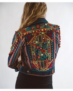 ~ Gorgeous detailing in back view of DDRs Reyes Jacket. New for Spring 2016 and fabulous! Cant even think of spring...still in winter mode, coping with c-o-l-d mountain weather and staying warm. ~