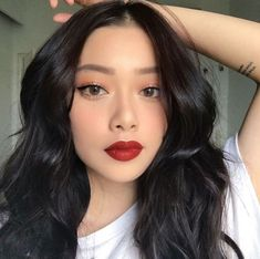 Life of the member of Red Velvet! ↬Random scenarios from Della's life in Red Velvet ☆☆☆☆☆☆ This is purely a work of fiction and is just made for fun! Cute Makeup, Glam Makeup, Pretty Makeup, Makeup Inspo, Makeup Inspiration, Beauty Makeup, Hair Makeup, Korean Natural Makeup, Korean Makeup Look