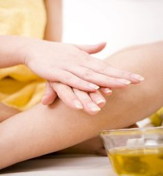 Recette anti-acné : mon remède naturel à base de tea tree - Cosmopolitan.fr