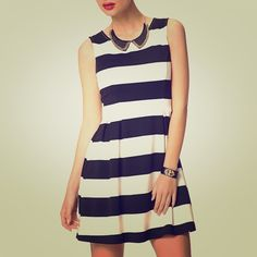 Striped Dress Super cute black and white striped dress! Forever 21 Dresses