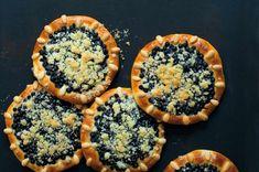 Borůvkové koláče Spanakopita, Muffin, Pie, Breakfast, Ethnic Recipes, Desserts, Food, Torte, Morning Coffee