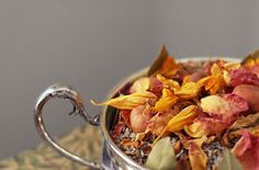 Mrs Hughes' loves the touch of seasonal Apple and Cinnamon potpourri at Christmas, the smell is divine after all!