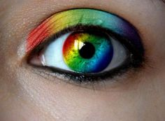 Love all of the color. My daughters would love contacts like this.