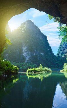Tam Coc, Vietnam.