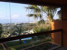 Paraíso!!!Aprovechar tu terraza en invierno con estas vistas a la naturaleza sin tener miedo del viento y de frio!!!