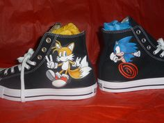 Custom Shoes Sonic and Tails Painted Converse, Painted Canvas Shoes, Hand Painted Shoes, White Converse, Converse All Star, Custom Converse, Custom Shoes, Custom Vans, Crazy Shoes