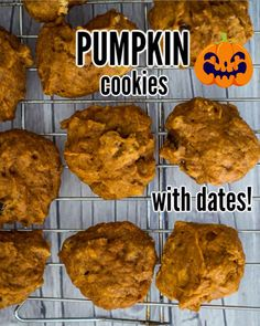 Pumpkin Date Cookies - a moist and chewy cookie that combines pumpkin with dates and pecans. A yummy and easy to make cookie! Halloween Food Crafts, Easy Halloween Costumes, Halloween Cookies, Halloween Treats, Halloween Fun, Date Cookies, Roll Cookies, Easy To Make Cookies, Homemade Cookies