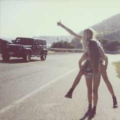I could SOO see my bestie and me doing this!! Lol