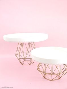 DIY Himmeli inspierd geometric metallic gold cake and cupcake stand - BirdsParty.com @birdsparty