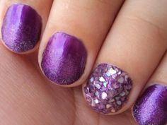 Gradient & Iridescent Nails