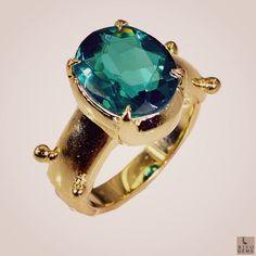 #igersitalia #ทบทม #thanksgiving  #shop #gift #riyogems #jewellery #gemstone #handcrafted #imitation #ring #emeraldcz #green #르아미끄 #bunny #kid #샤넬 #ready