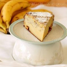 Malinowa chmurka | Moje Wypieki Polish Desserts, Polish Recipes, Baked Banana, Baking Pans, No Bake Cake, Food To Make, Delicious Desserts, Biscuits, Vegan Recipes
