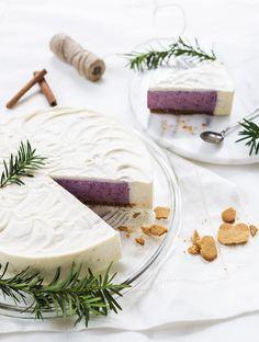 Mustikkavalkosuklaakakku Cute Cakes, Yummy Cakes, Finnish Recipes, Something Sweet, Sweet And Salty, Cake Cookies, Cake Recipes, Tart, Cake Decorating