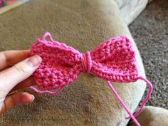 Little Miss Stitcher: Toddler Crochet Minnie Mouse Earflap Hat