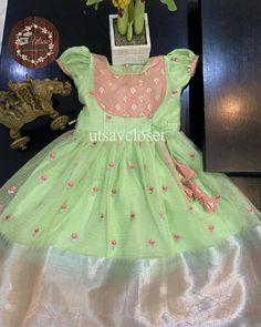 Baby Lehenga, Kids Lehenga, Cotton Frocks For Kids, Frocks For Girls, Girls Frock Design, Baby Dress Design, Baby Frocks Designs, Kids Frocks Design, Mom And Baby Dresses