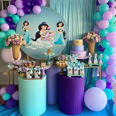 "Um dia de Festa 🇧🇷 on Instagram: ""Princesa Jasmine! 💜 . . . Decor por @katherinedanielard #Repost @katherinedanielard • • • • • • Santo Domingo, Dominican Republic  Los 5…"" Baby Birthday Themes, Princess Birthday Party Decorations, 1st Birthday Princess, Ballerina Birthday, Birthday Parties, Disney Balloons, Monster Inc Birthday, Jasmine Party, Disney Wedding Dresses"