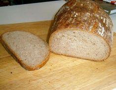 Dnes som sa neskutočne vytešovala, lebo sa mi upiekol šikovný malý chlebík, ktorý nie je placatý, má pôvabné chrumkavučké prasklink... Bread, Food, Brot, Essen, Baking, Meals, Breads, Buns, Yemek