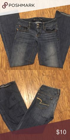 Never worn American eagle jeans Like new condition, size 2 American Eagle Outfitters Jeans