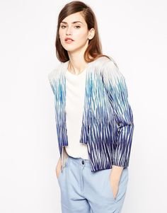 This blazer = stunning. Need it in my life.
