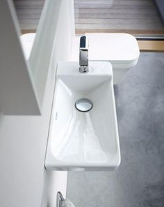 Compact bathrooms can equal design sensations with Duravit - The Interiors Addict Duravit, Phoenix Design, Compact Bathroom, Wc Sitz, Bathroom Interior, Bathroom Inspiration, News Design, Basin, Interior Design