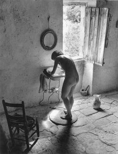 Willy Ronis (1910-2009), Le nu provençal - Gordes, été 1949