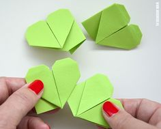 Fold a four-leaf clover yourself with photo tutorial delivers online tools that help you to stay in control of your personal information and protect your online privacy. Paper Art, Paper Crafts, Diy Crafts, Collages, Four Leaves, Diy Origami, Four Leaf Clover, Kirigami, Photo Tutorial