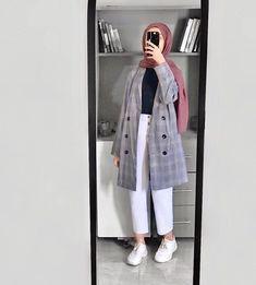 Source by outfits hijab wedding makeup – Hijab Fashion 2020 Modern Hijab Fashion, Street Hijab Fashion, Hijab Fashion Inspiration, Ulzzang Fashion, Muslim Fashion, Modest Fashion, Korean Fashion, Fashion Outfits, Casual Hijab Outfit