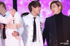 V & Zico I know this is old but it's still so funny. Plus seeing bts + block b interactions