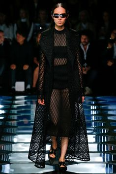 I made something VERY similar to this. It's on my FB page Balenciaga - Pasarela