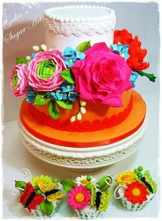 Flowers Cake and cupcakes