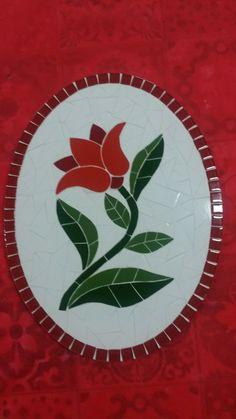 Quadros Em Mosaico De Azulejos - R$ 85,00 no MercadoLivre                                                                                                                                                                                 Mais Mosaic Tray, Mosaic Tile Art, Mirror Mosaic, Mosaic Crafts, Mosaic Projects, Stone Mosaic, Mosaic Flower Pots, Mosaic Pots, Mosaic Garden