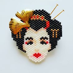 brick stitch made with miyuki delica beads. Beaded Jewelry Patterns, Beading Patterns, Geisha, Peyote Stitch Patterns, Bead Loom Bracelets, Beaded Crafts, Beaded Cross Stitch, Peyote Beading, Beaded Brooch